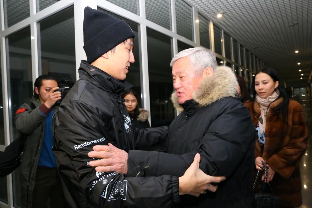 Бердібек Сапарбаев, Димаш Құдайберген