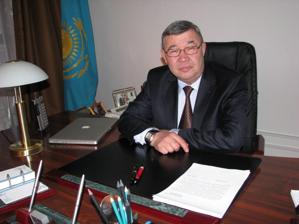 Қайрат Тұрлыханов