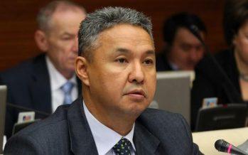 Перуашев возмущен выговором чиновнику за обман ценой в 9 млрд. тенге