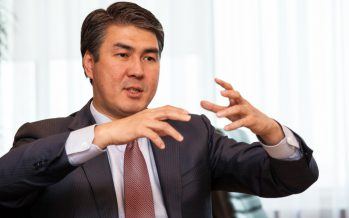 Назарбаев Исекешевке: «Ештеңе бітіріп жатқан жоқсың!»