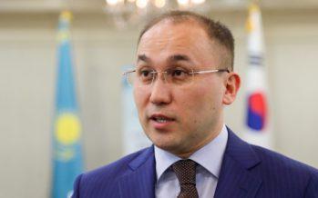 Дәурен Абаев блогерлердің мәртебесіне қатысты түсініктеме берді