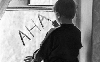 Пәтерінде жылу жоқ астаналық әйел балаларын жетімдер үйіне өткізді