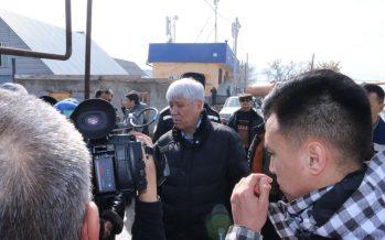 Амандық Баталов су басқан Тұздыбастау ауылының тұрғындарымен кездесті