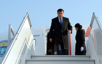 Қырғызстанның президенті қарапайым ұшақтың «эконом» санатымен ұшады екен (ВИДЕО)