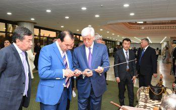 Амандық Баталов Өзбекстанның вице-премьерімен кездесті