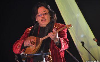 Қазақтың музыкалық мәдениетінде домбыраның алар орны ерекше