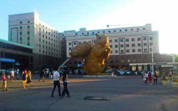 Алматыдағы алып тиінді тұрғызу үшін 23 миллион теңге жұмсалған