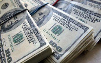 Доллардың қымбаттауы зейнетақы қорындағы қаражатқа қауіп төндіруде