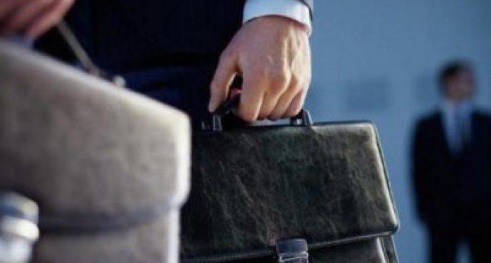 Орынбасары парамен ұсталса министрдің отставкаға кетуі заңмен бекітілмек