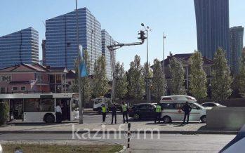 Астанада бойжеткенді автобус қақты