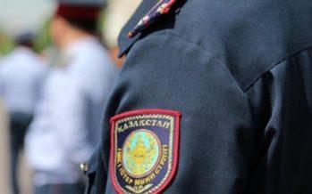 Астанада араққа тойған полицей көлігімен адам қағып кетті
