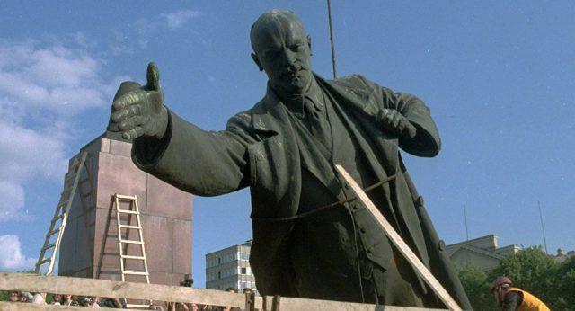 Мәжіліс депутаты Лениннің ескерткіштері сақталуы қажет екенін айтты